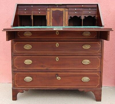 American Federal Period Slant Front Desk With Stringing And Shell Inlay