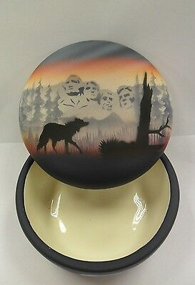 Navajo Handpainted Pottery (Cedar Mesa-Mount Rushmore #MRRB) w/COA Made in USA
