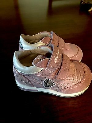 NEW Swissies Soft Technology Koko Baby Girl Casual Sneakers Size 5