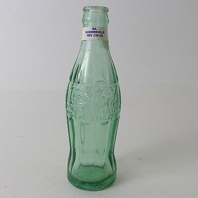 Coca Cola Hobbleskirt Bottle Dec 25, 1923 Type: Sandersville, GA Georgia C25 C38