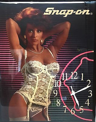 Vintage 1970s Snap-On Tools Pin-Up Girl Plaque Wall Clock By Lock City Craftsmen