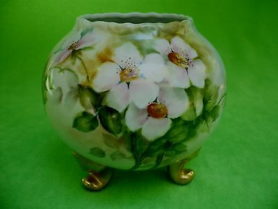 Antique/vintage hand-painted PEDESTAL BOWL w/ PINK FLOWERS & heavy gold feet.Exc