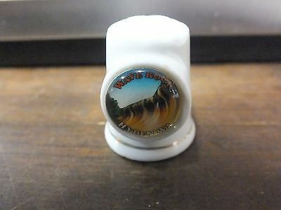 Ceramic Thimble. Wave Rock. Hyden. W.A.  Collectible.