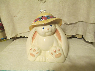 vintage treasure craft bunny rabbit cookie jar 13 inches tall great shape