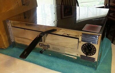 Wisco Industries Gilardi Pizza Pal Electric Commercial Oven 412 Countertop