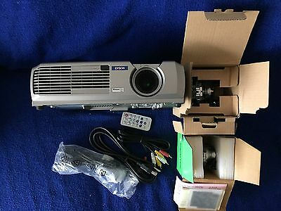 Epson Powerlite 73c Projector 3LCD 1024x768 with 2 spare Bulbs Filter cables