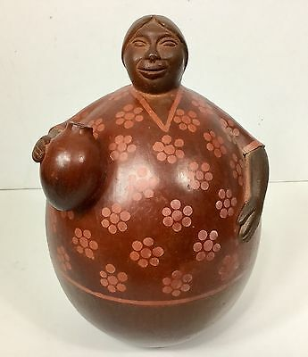 Peruvian Pottery Round Belly  Woman With Jug Signed Vilchez '94