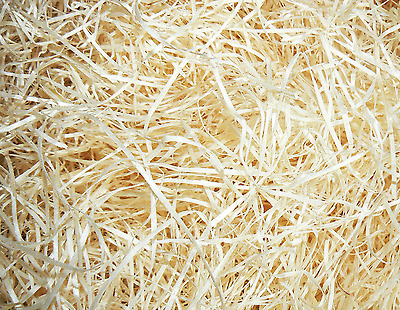 Wood Wool 7.6kg Natural Packaging Shred Fill for Hampers, Gifts Box & Decoration