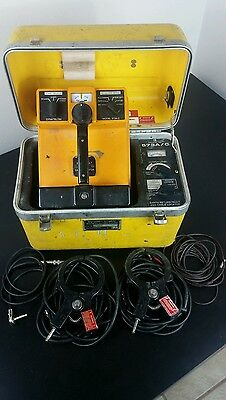 3M Dynatel 500A/C Cable Locator With Cables and 2 Dyna-Couplers
