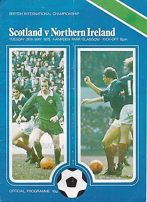 SCOTLAND v NORTHERN IRELAND ~  20 MAY 1975 ~  SIGNED BY BILLY BINGHAM