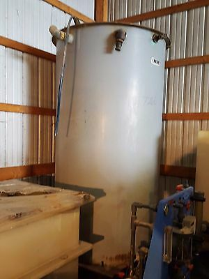 1000 GALLON MIXING TANK (Item7266)