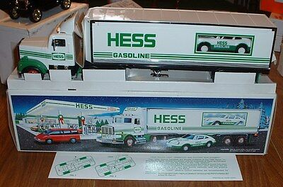 Hess Gasoline '92 18 Wheeler and Racer