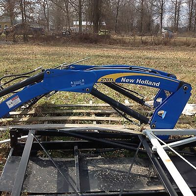 New Holland 270 TL Loader