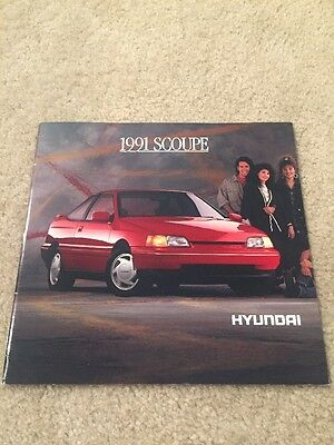 1991 Hyundai Scoupe 6 Page Fold Out Sales Brochure
