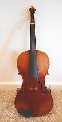 Early European Antique Violin With Carved Chin Rest