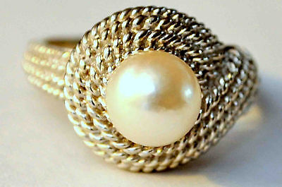 Vintage 14K Solid White Gold and Pearl Ring size 7.5