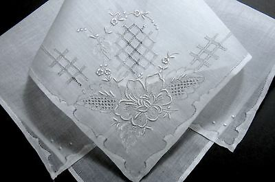Vintage Madeira Embroidery Pulled Work Floral Hanky - Scrolled Borders - Fine!