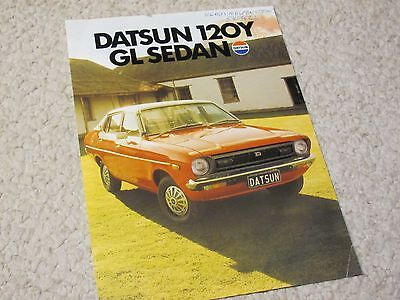 1976 Australian Datsun 120Y Sedan Sales Brochure