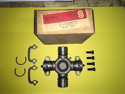NOS Spicer Dana U-Joint Universal Joint Kit 5-5007X