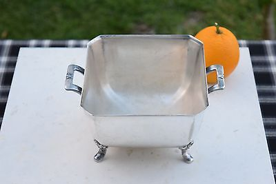 Late Victorian Meriden Silver Plate International Silver Co #650 Berry or Fruit