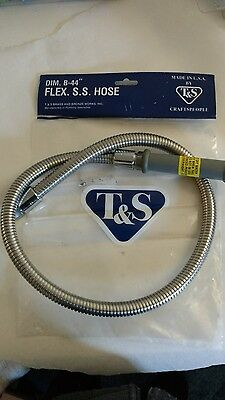 T&S FLEX SS HOSE 44'' FLEXBLE Stainless Steel with Adapter B-0044-HF