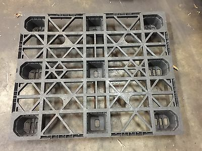 PP 330 ACM - Nestable Export Plastic Pallets -Black - Used Once 125 pieces