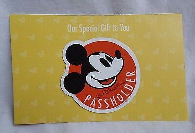 Walt Disney World Annual Passholder Mickey Mouse WDW Car Exclusive Magnet