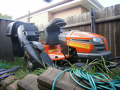 husqvarna ride on mower with 2 bagger (catcher)