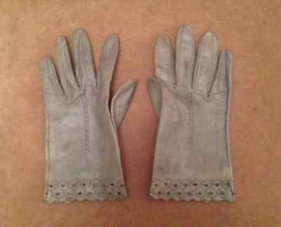 Women's Vintage Gray Leather Gloves