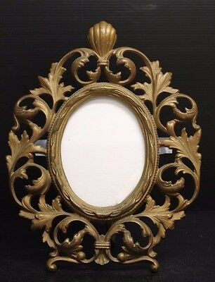 """Beautiful Vintage Ornate Gilt Bronze Oval Picture Frame ~ 11"""" Tall"""