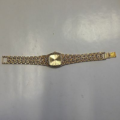 Stunning Vintage Estate Find Amstar Gold Analog Watch