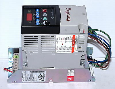 Allen Bradley PowerFlex-4  1.0hp  2.3A VSD Variable Speed AC Drive motor starter