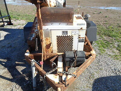 Altec WC125 2008 wood  brush chipper ford gas engine works good 2008 model