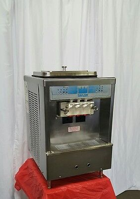 TAYLOR 161 Counter Top ICE CREAM Machine Soft Serve      BEAUTIFUL