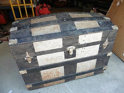 Antique trunk chest VINTAGE VICTORIAN DOME TOP BRIDES Clothing toy storage @@@