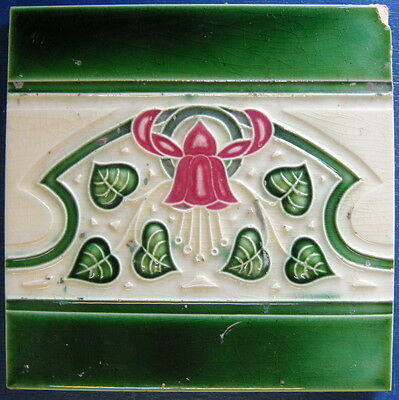 "Tile Vintage Glazed Bell Flower and Vine Leaf Majolica ""Old Raj"" Style 15x15cm"