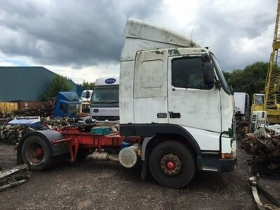 Volvo FH12 4x2 D12 A Engine 380BHP with R1700 8 Speed Gearbox V1 Tractor Unit
