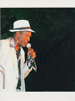 Gregory Isaacs signed 8x11 inch picture autograph