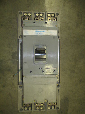Gould/ITE CR3-B200 2000A 3ph 600V Circuit Breaker w/ MB9301 Mounting Base Used