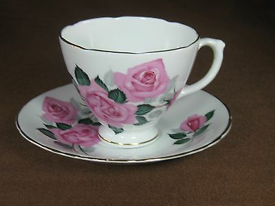 Sheridan Bone China Footed Cup and Saucer Pink Roses Scalloped Edges Gold Trim