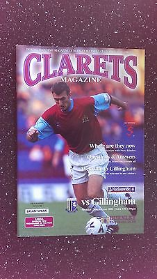Burnley V Gillingham 2000-01