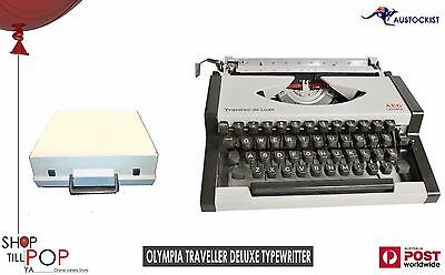 OLYMPIA TRAVELLER de LUXE TYPEWRITER 1965 Shell Case Lid White Mint Co' Hipster