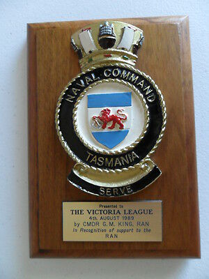 Royal Australian Navy NAVAL COMMAND TASMANIA 1989 crest with presentation tag