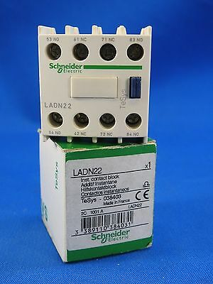 Schneider Electric LADN22 Auxiliary Contact Block 10A, 690V, 2 NO/2 NC TeSys