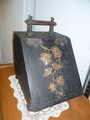 """ANTIQUE """"COAL SHUTTLE"""" - Over 100 yo - VERY ORNATE  with """"LIONS FEET""""."""