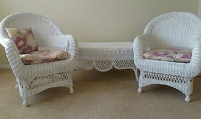 Vintage White Wicker Chairs Coffee Table Plant Stand Cottage Style LOCAL PICKUP