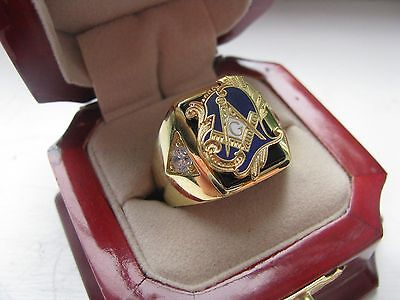 "Superb NEW! Gold Mens ""Masons"" CREST Ring *"
