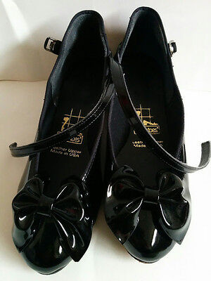 "TicTacToes ""Stormy"" size 7 wide black patent leather w bow women's dance shoes"