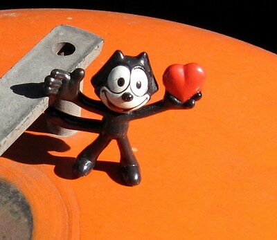 RARE Vintage 1989 Applause PVC Felix the Cat  w/open arms + Heart in Left Hand