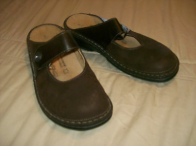 Finn Comfort Women's Brown Slip-on Leather Mules  Size 6.5 US /37 Euro